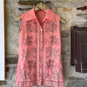 Vintage Peach Button Tank W/ Horses and Carriages